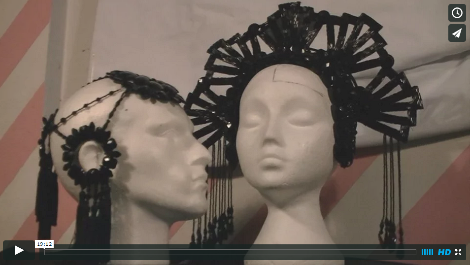 HOW TO MAKE A HEADDRESS – PART 1